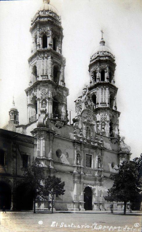 EL SANTUARIO circa 1930-1950