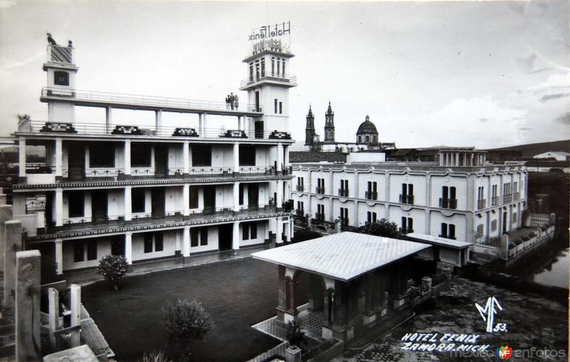 IGLESIA Y HOTEL FENIX Circa 1920-1930