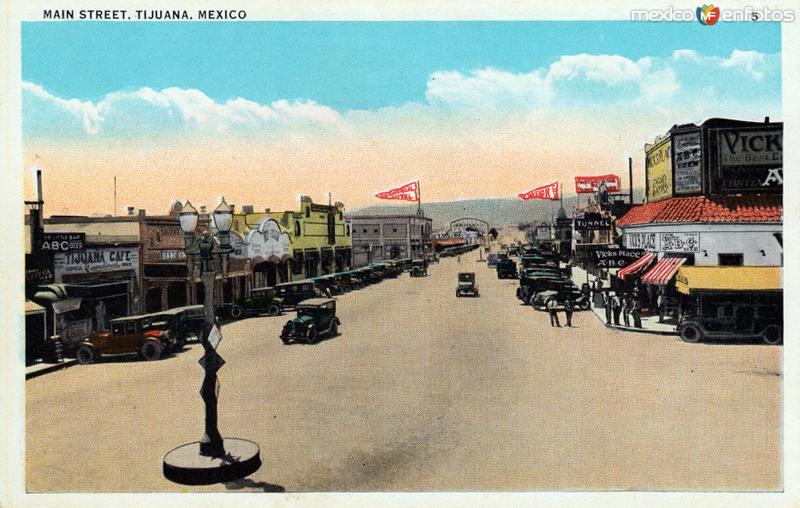Calle Principal (Avenida Revolución)