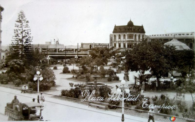La Plaza Libertad ( 1930-1950 )