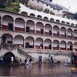 Arquería en el atrio del Santuario de Chalma, Edo. de México
