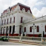 Palacio municipal de arquitectura afrancesada. El Oro de Hidalgo, Edo. de México