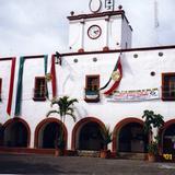 Palacio municipal, edificio del siglo XVI. Tlayacapan, Morelos