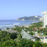 Playa revolcadero y Hotel Pierre Marqués. Acapulco, Gro.