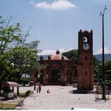"""Torre�n y fuente """"La Pila"""", construida en 1562. Chiapa de Corzo. 2004"""