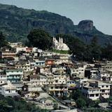 Vista de la capilla del Carmen y la ciudad de Teziutlán. 1995