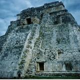 Pirámide del Adivino. Uxmal, Yucatán. 2003