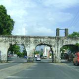 Acueducto de la ex-hacienda de San Carlos. Los Arcos, Morelos. Junio/2011