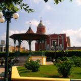Iglesia y plaza de Acaponeta