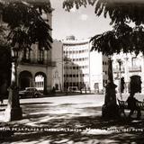 Vista de la Plaza y Hotel Alameda