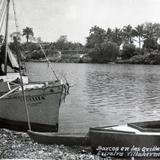 Barcos en la Orilla del Rio