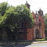 La parroquia de Panzacola a orillas del R�o Churubusco. Abril/2014