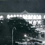 Palacio Mpl. de Noche  Hacia 1945