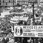 Manifestación popular en apoyo a la expropiación petrolera (1940)