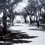 Escena Callejera LA CALZADA Hacia 1945