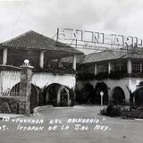FACHADA DEL BALNEARIO Hacia 1945