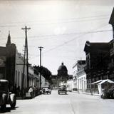 AVENIDA HIDALGO Y LA IGLESIA Hacia 1945