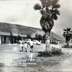 HOTEL Y BUNGALOWS Hacia 1945