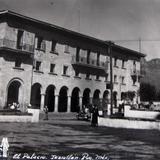 PANORAMA Y PALACIO Hacia 1945