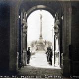 ENTRADA AL PALACIO DE GOBIERNO Hacia 1914