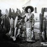 TIPOS MEXICANOS la charra Hacia 1945
