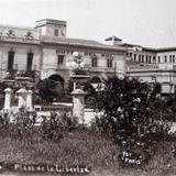 PLAZA LIBERTAD PANORAMA  hacia 1914