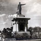 MONUMENTO A P J MENDEZ  hacia 1945 - Ciudad Victoria, Tamaulipas