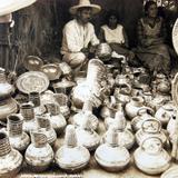 TIPOS MEXICANOS VENDEDORES DE LOZA Circa 1945