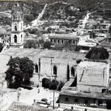 PANORAMA E IGLESIA Circa 1945