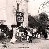 DIA FESTIVO EN LA IGLESIA por el fotografo HUGO BREHME Circa 1932