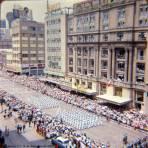 HOTEL REGIS y El desfile Mexico D F 16 de Septiembre de 1963