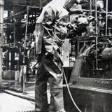 EQUIPO DE PROTECCION EN LA REFINERIA Circa 1930-1950
