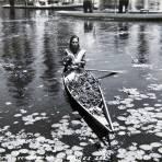 XOCHIMILCO VENDEDORA DE FLORES Circa 1930-1950