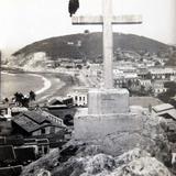 LA CRUZ Circa 1930-1950