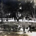 LA ALAMEDA Por el fotografo FELIX MIRET Hacia 1900-1915