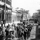 Desfile en la Calle Rosales