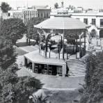 El Kiosko de la Plaza circa 1930-1950