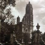 La Iglesia Por el fotografo Hugo Brehme hacia 1930