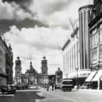 Avenida 20 de Noviembre hacia  1930-1950 - Ciudad de México, Distrito Federal