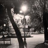 Plaza principal de Noche en Queretaro Hacia 1930-1950