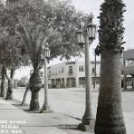 Avenida Francisco I Madero Alrededor de  1930-1950 - Mexicali, Baja California