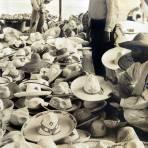 Tipos Mexicanos Vendedor de Sombreros alrededor de 1930-1950 - Guadalajara, Jalisco