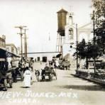 Escena callejera e Iglesia  circa 1900-1930