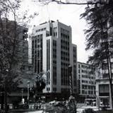Edificio Aztlan en la Ave. Juarez Alla por 1930-1950 - Ciudad de México, Distrito Federal