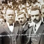 Alvaro Obregon y Plutarco Elias Calles en una ceremonia Circa 1923