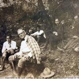 Grupo para Experimentar los rayos cosmicos en la caja de agua del volcan Ixtaccihuatl fechada en 1931