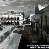 Vista de el Hotel Cuahutemoc ( 1930-1950 )
