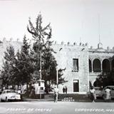 El Palacio de Cortes ( 1930-1950 )