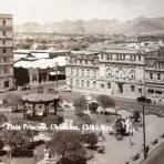La Plaza Principal ( 1930-1950 )