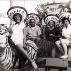 Turistas en Tijuana (1959)